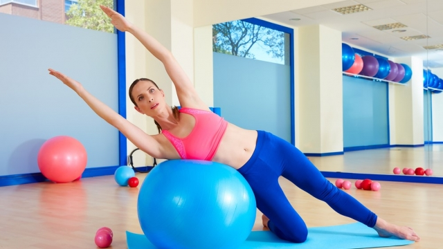 Benefits of Swiss Ball Exercises To Achieve Perfect Health