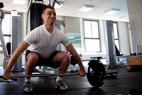 Build Muscle man deadlifting weight