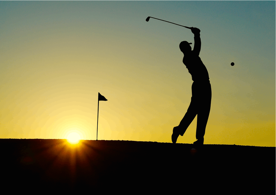 Burn Calories golfing man in sunset