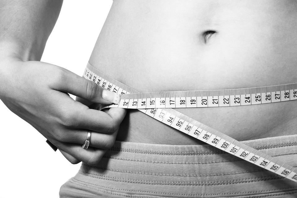 Weight Loss measuring waist