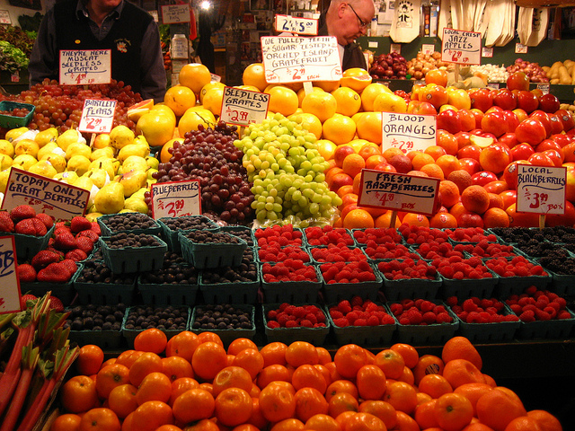 Dieting Tips fruits in store