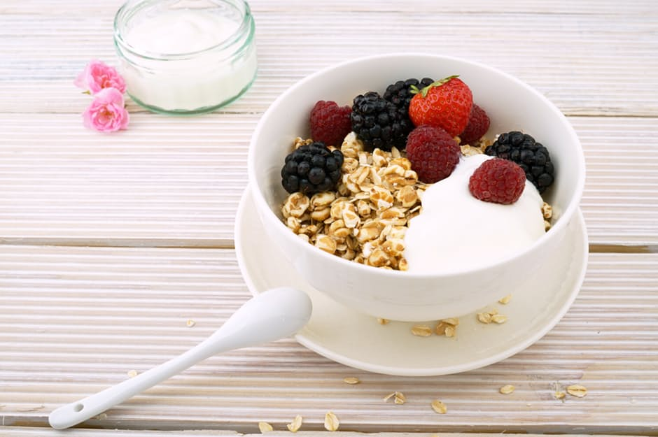 Eating Your Way to Weight Loss bowl of fruit