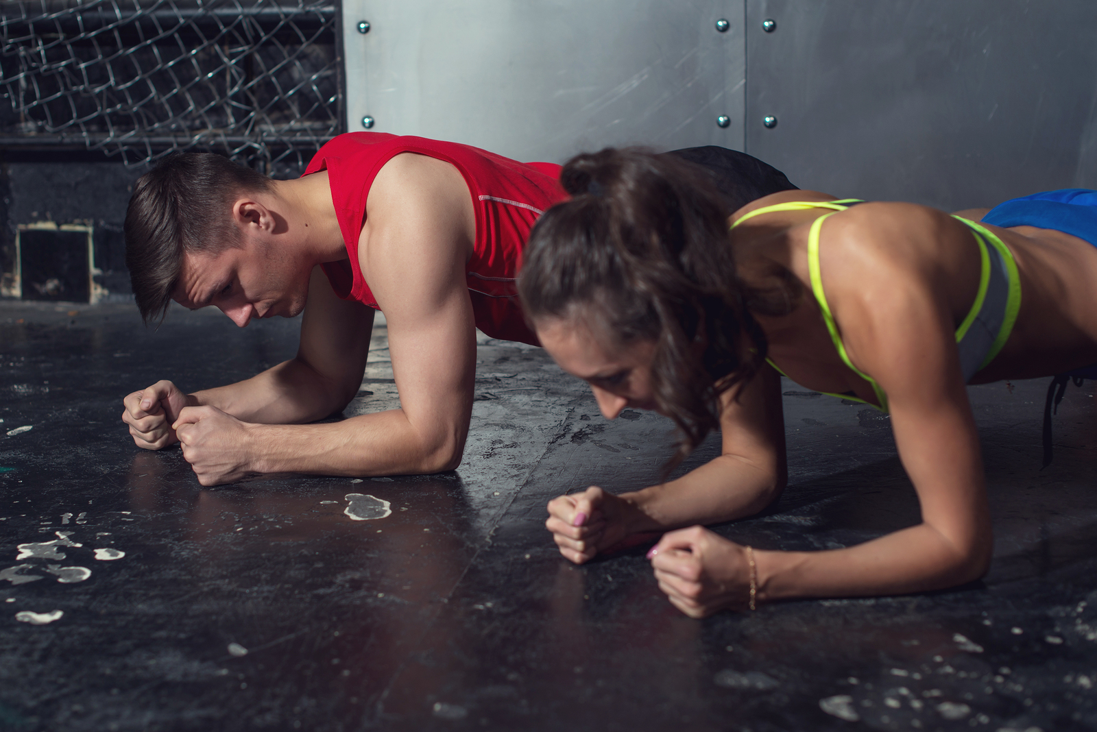 Protein Foods to Eat doing planks