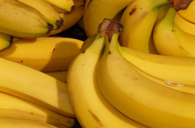 fruits bananas for muscle