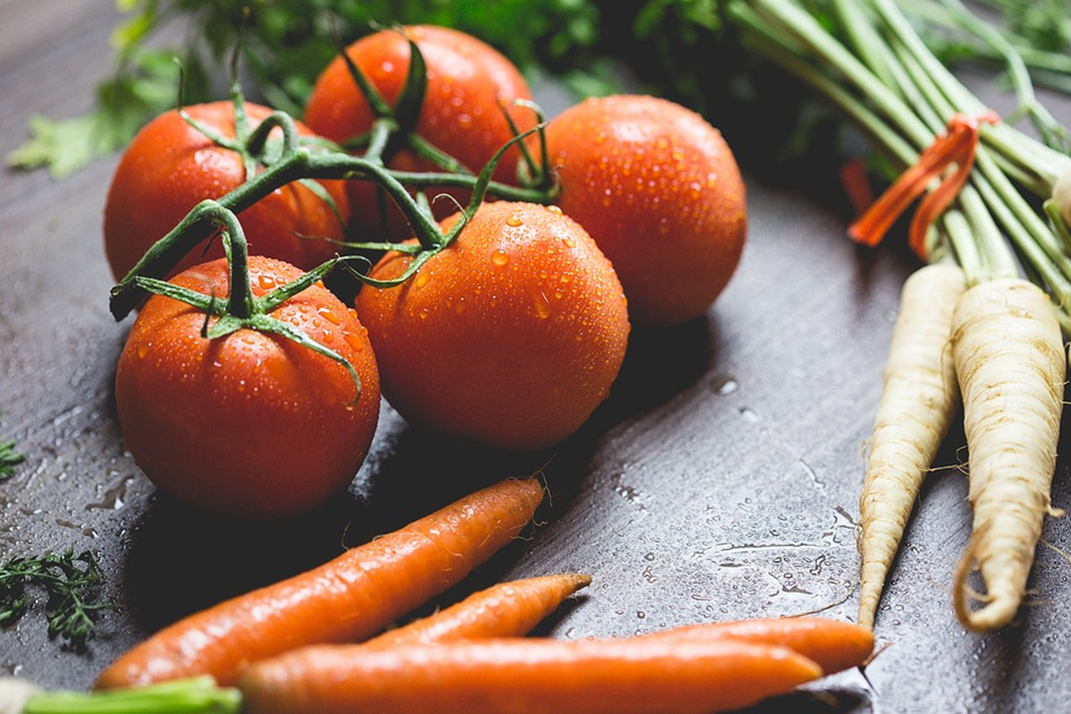 Individualizing Your Path To Emotional And Physical Health tomato and carrot