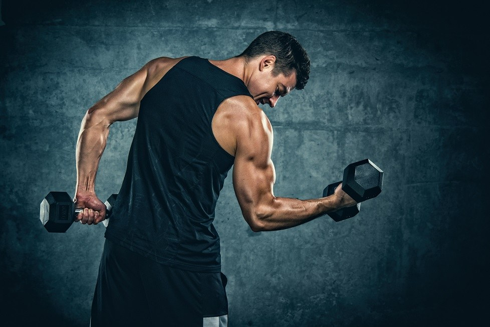 Best Workouts You Can Do Without Going To The Gym weights dumbbells