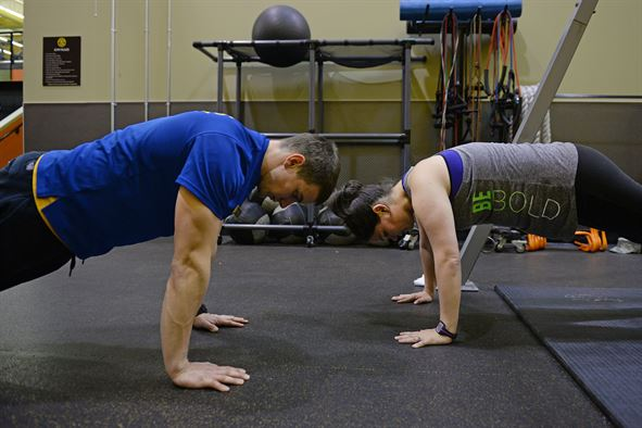 Wise Up On Weight Loss: The Reasons Why You're Not Getting Results doing pushups as a couple