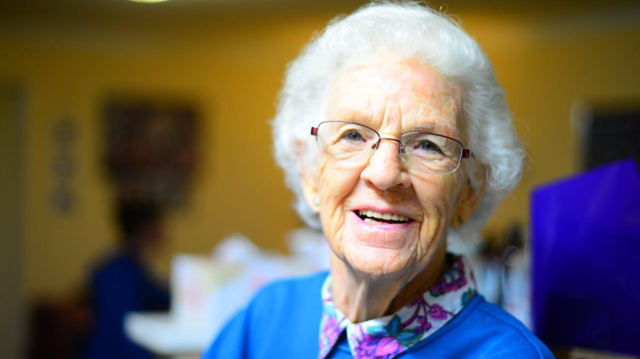 Low-Cost Dental Care Alternatives for Senior Citizens