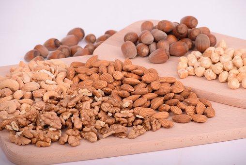7 Folic Acid Foods Every Bodybuilder Should Definitely Eat almonds