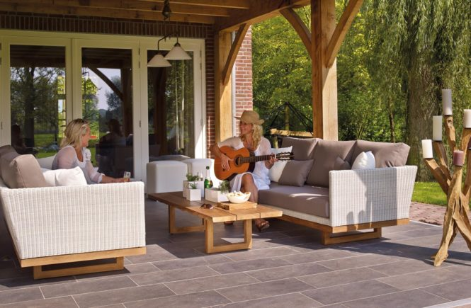 The Easy, Fun Way to Spring Clean Your Deck or Patio