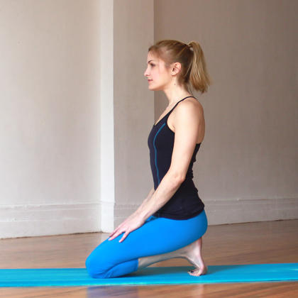 10 Yoga Poses to Burn Fat on knees