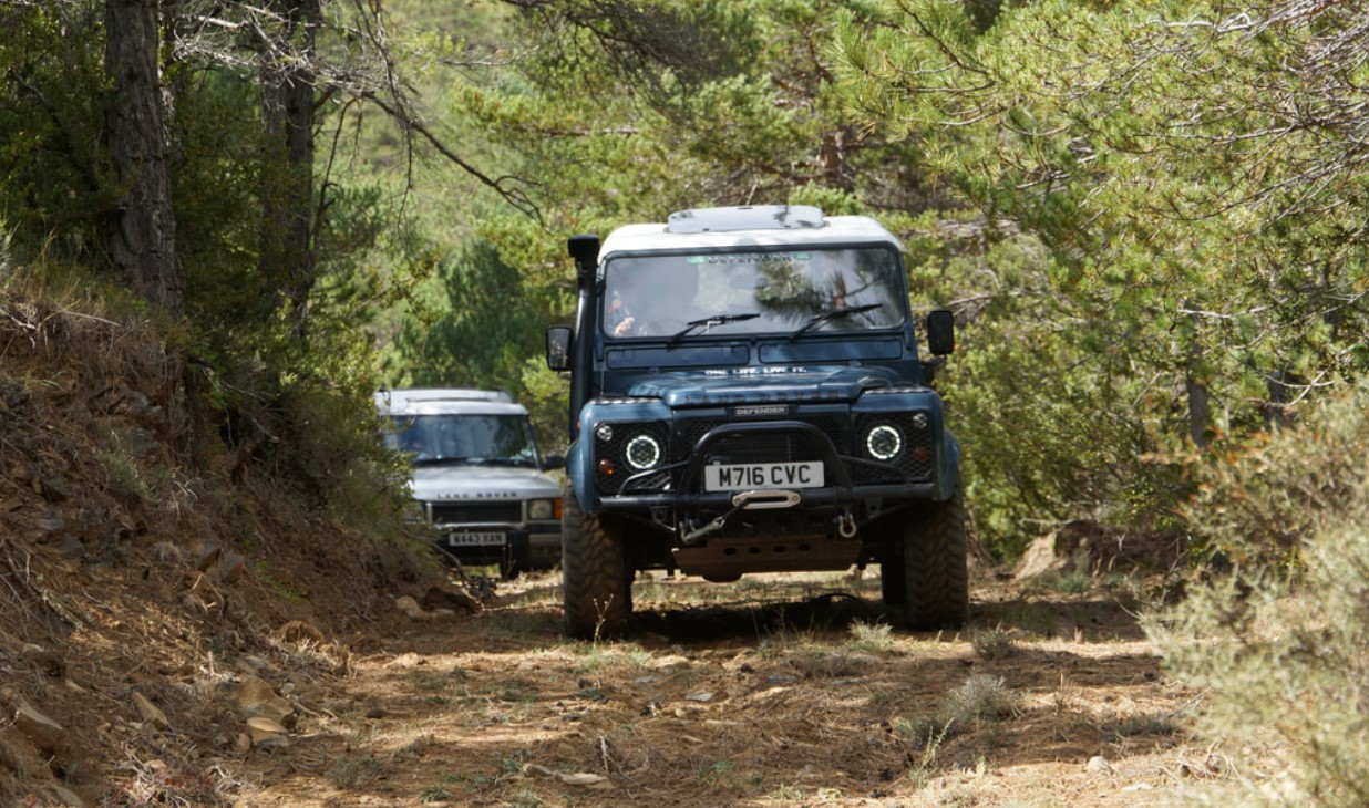 Safety Tips For Off-Road 4x4 Driving Adventure