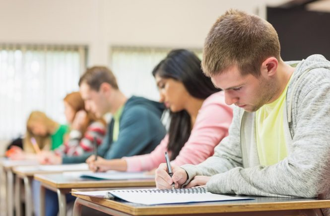 12 Typical Mistakes in Writing College Essays